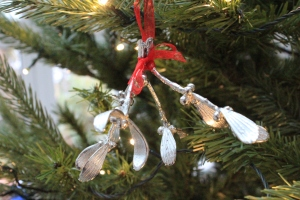pewter-mistletoe-1