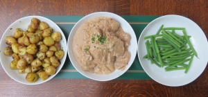 Sauteed potatoes, pork dijonnaise and french beans